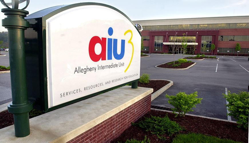 AIU Central Office Sign